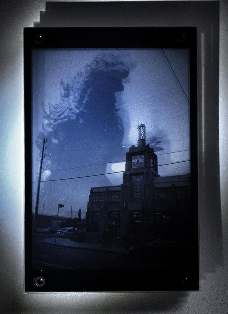 Godzilla in LA - Urth Café